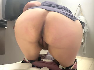 Her ass opened up, watch how she shows her beautiful butthole