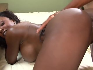 Chocolate Ebony with big Tits and phat Ass