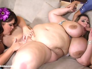 Mandy Majestic and Lisa Canon together!